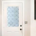 Sorprendente transformación de una puerta con vinilo efecto ácido