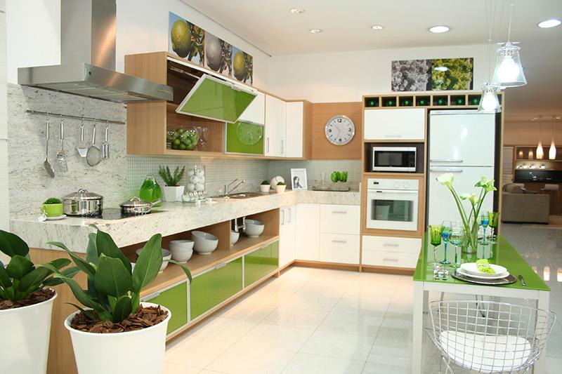 Renovar la cocina con vinilo greenery el color del 2017 for Frentes de armarios de cocina