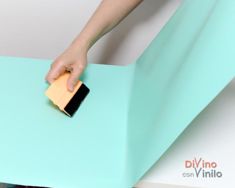 Transformaci n de un mueble de melamina forrado con vinilo for Forrar muebles con papel adhesivo